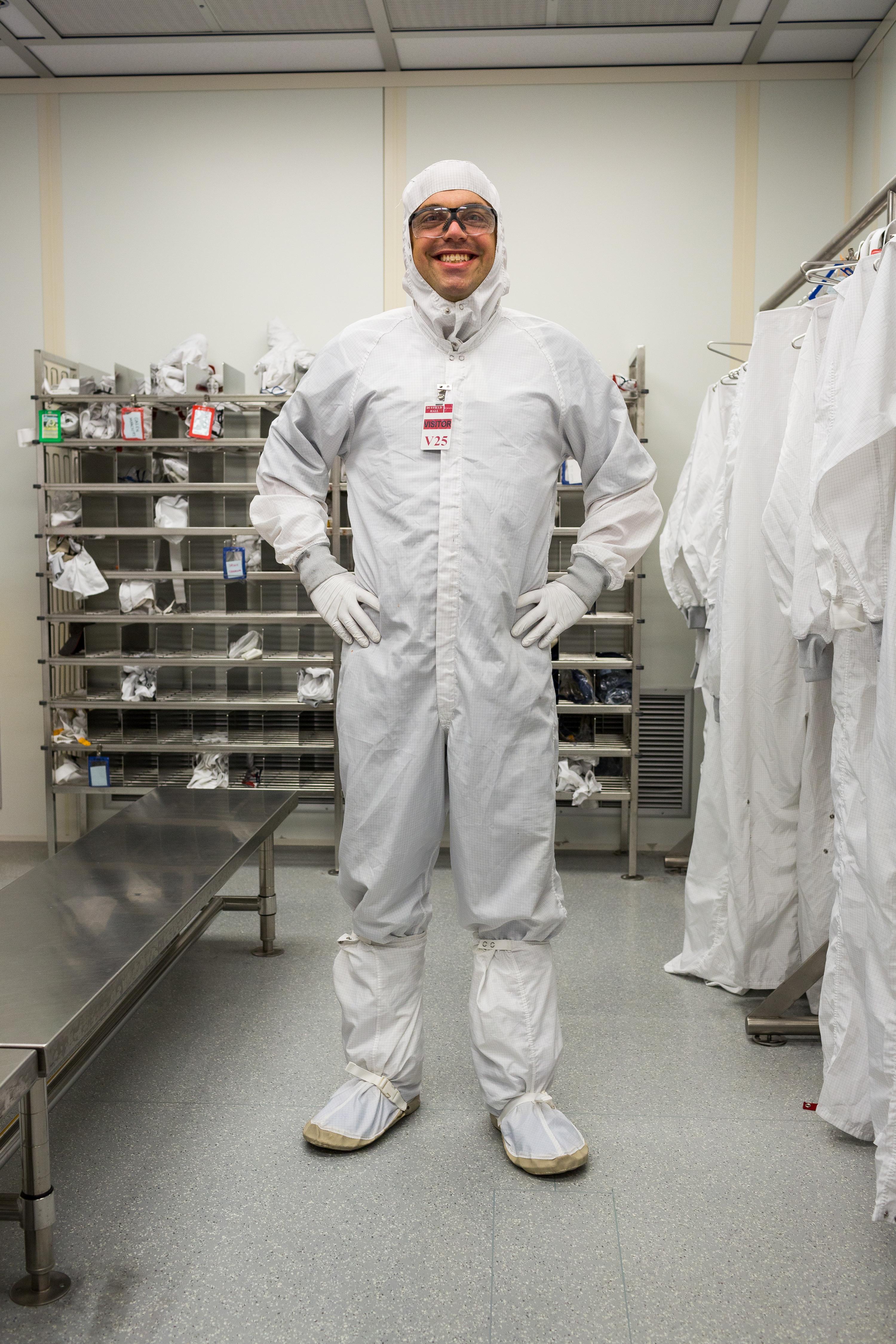 Scientific Image Cleanroom Suit Nise Network