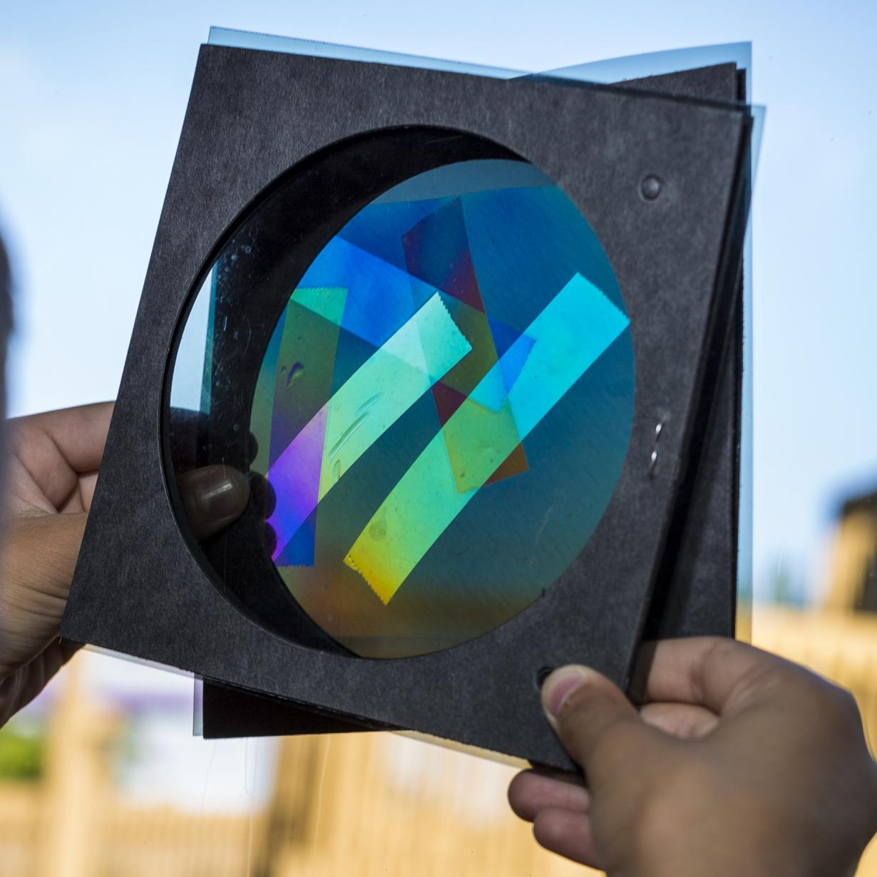 polarizers and transparent tape