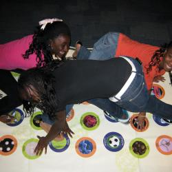Kids playing on the Nano Stretch-Ability mat